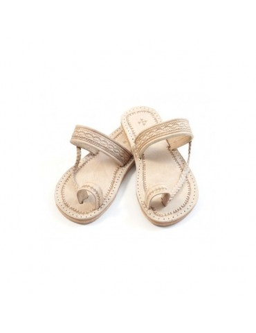 Sandalias de cuero beige...